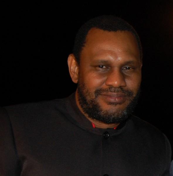 Dr Donald T. Simeon